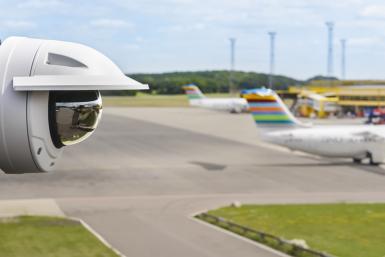 q3517lve airport runway 02 1707 lo1 - Kamera IP Axis Q3515-LVE